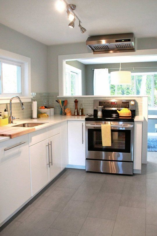 Stylish Mid-Century Modern Kitchen