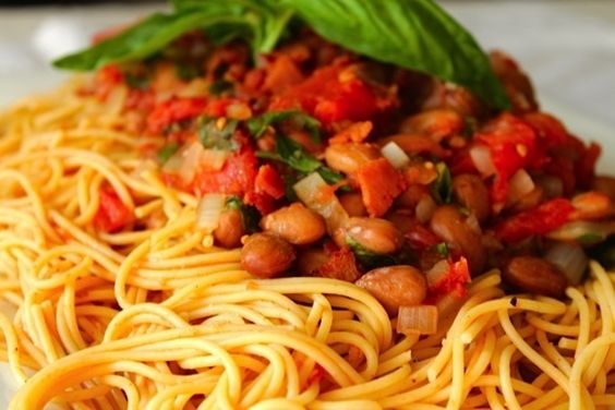 Pasta with Romano Beans and Crispy Bacon