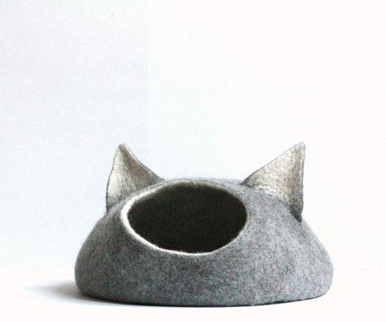 camita de gato de fieltro