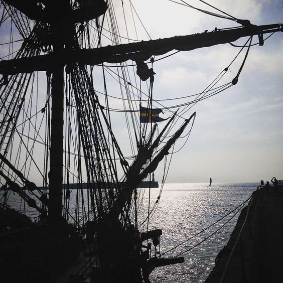 Early morning sun - The Swedish Ship Gotheborg in Dover