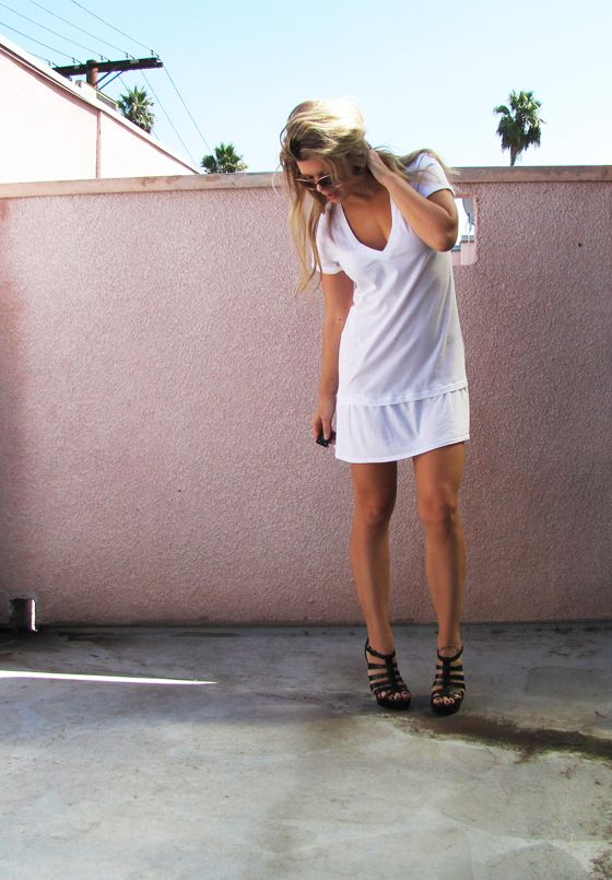 """Yes, another t-shirt DIY {wherein I steal shirts from my husband}! This little dress is so comfy! Wear it around the house or to the beach with sandals or with leggings and a blazer for fall. You can even add another """"skirt"""" ruffle around the bottom if you have extra material."""
