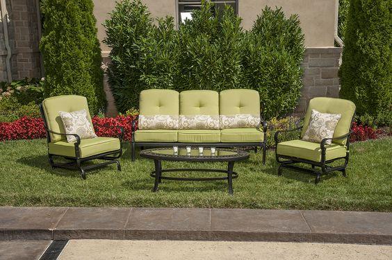 La-Z-Boy Outdoor's Amelia seating set