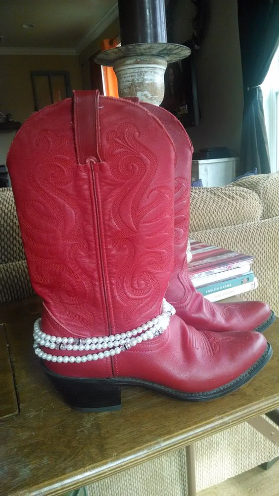 Boot Jewelry, Triple Wrap, 6 mm Snow White Czech Pearls, 6 mm Faceted Crystal Beads, 6 mm Black Rhinestone Rondelles. MeMes Shoppe
