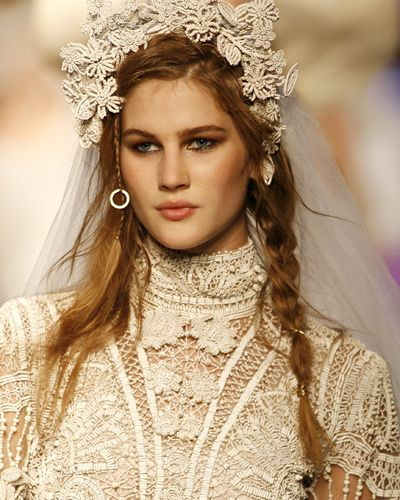 Romantische Brautfrisuren - Bilder