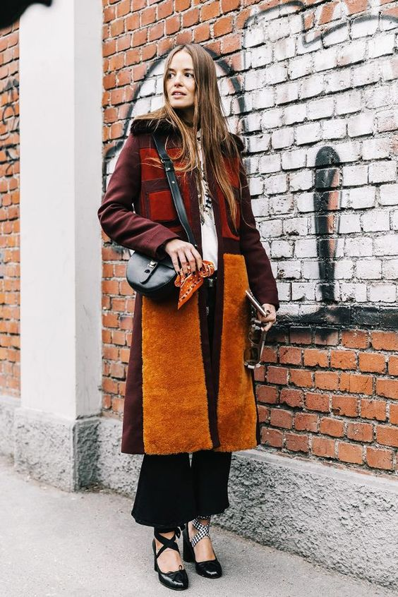 Warm toned outfit for winter  | For more style inspiration visit 40plusstyle.com