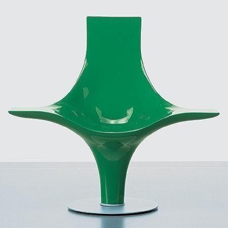 Statuette, Lloyd Schwan, 1995