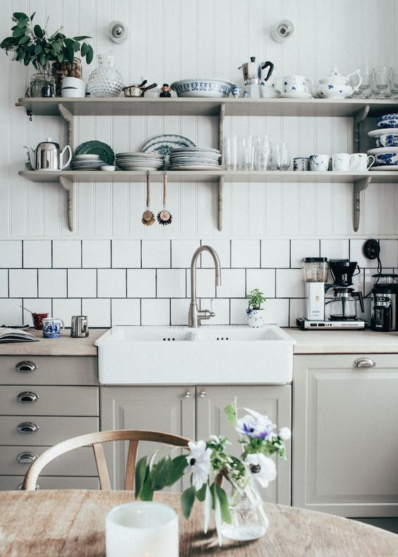 bulters sink -open shelves   photo kristin lagerqvist: