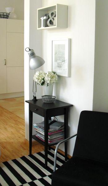 Wohnzimmer: schwarz-weißes-eckchen