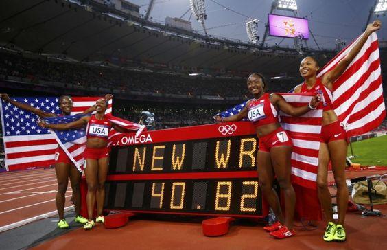 Les Américaines Tianna Madison, Carmelita Jeter, Bianca Knight et Allyson Felix ont battu le vieux record du monde du 4x100 m, propriété de l'ex-RDA depuis 1985, pour devenir championnes olympiques