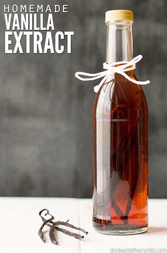 100% pure vanilla extract can be diluted or contain added sugar, so we follow this super simple tutorial for making homemade vanilla extract instead. The best part is that it's cheaper than buying it at the store! :: DontWastetheCrumbs.com