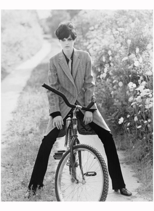 Stella Tennant for Vogue, October 1995; photographed by Arthur Elgort