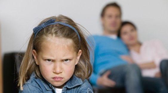 Niños desobedientes: Se calcula que entre el 12 y el 15 % de los niños, presentan problemas graves de desobediencia. Estas conductas generan inconvenientes