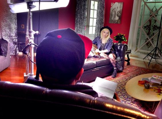 """Eu, gravando o depoimento da participante Marilia Campos, para o reality show """"Papito in Love"""", com Supla, para a nova MTV (2013)."""