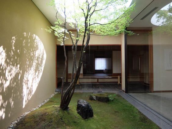 京都現代美術館何必館