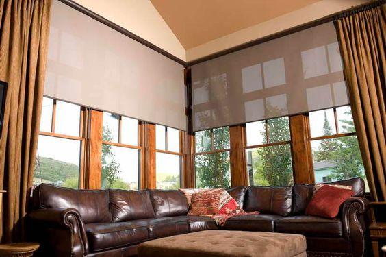 Cortina para porta de vidro grande: Veja este artigo e saiba como escolher a cortina certa sua porta ou janela de vidro! Clique e confira o artigo completo.