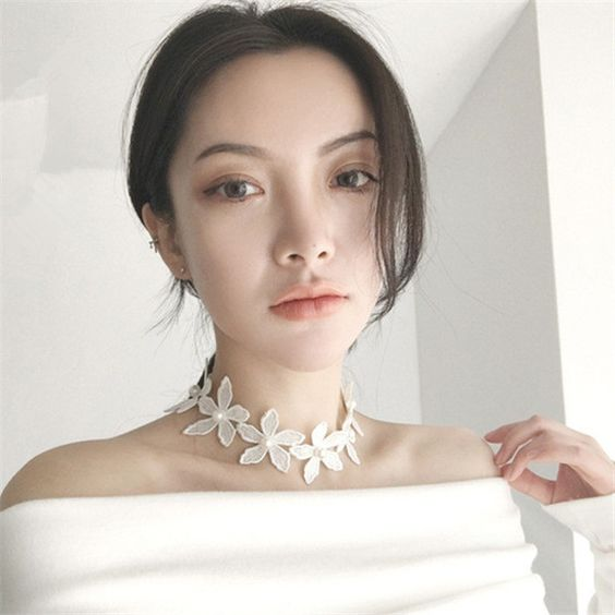White Flower Lace Choker   2 DOLLARS   AliExpress