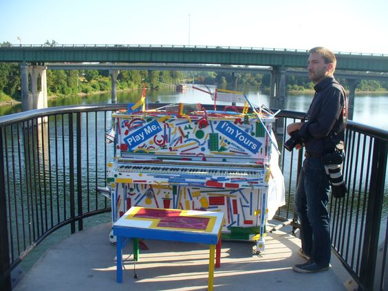 Play Me, I'm Yours is in Salem through July 29. This is the piano on the pedestrian bridge across the Willamette River. https://www.facebook.com/SalemStreetPianos
