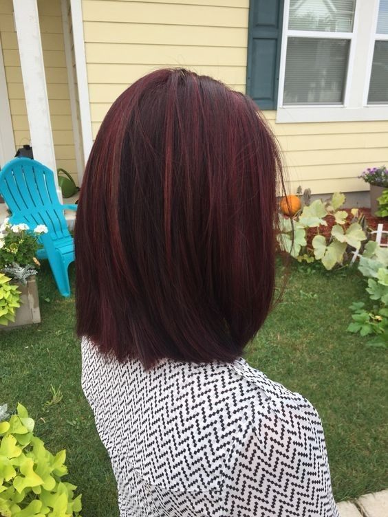 Straigt Lob Hair Cuts with Mahogany violet red Hair - Fall Hairstyles for Women