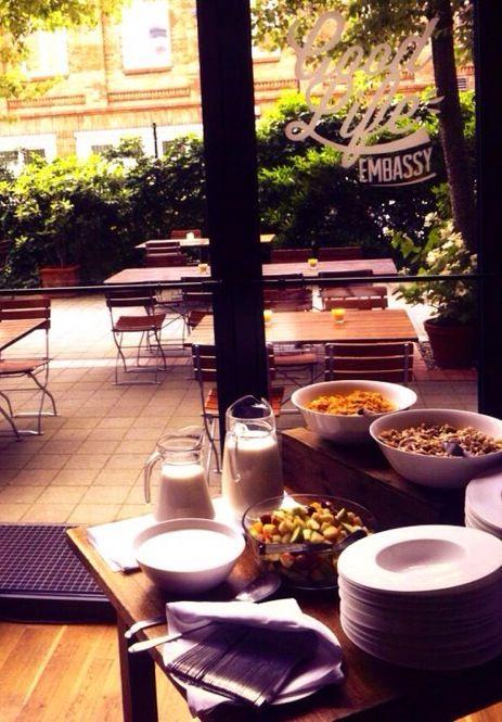 Alles steht bereit für ein entspanntes Frühstück bei der #TGLE Berlin von Olivenöle aus Spanien.