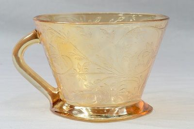iridescent cup   Jeannette Glass Company 1950s Floragold Louisa Iridescent Gold Cup