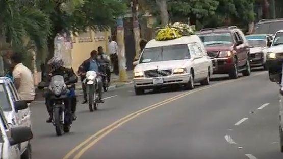 Sepultan Restos Del Seguridad De Juan De Los Santos #Video