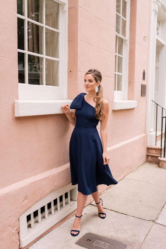 Awesome 44 Inspiring Casual Summer Wedding Guest Dresses. More at http://luvlyfashion.com/2018/09/05/44-inspiring-casual-summer-wedding-guest-dresses/