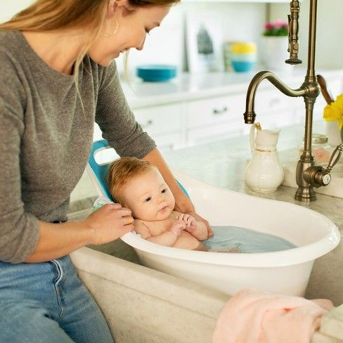 Munchkin Sit And Soak Baby Bath Hard Tub 0 12 M White Target Baby Bath Tub Baby Bath Baby Tub