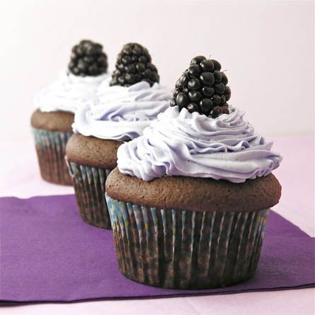 Black Raspberry Cream Cupcakes