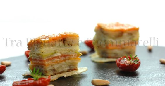 Millefoglie di verdure, mozzarella di bufala e mollica di pane alle erbe, con pomodorini appassiti e pinoli tostati al sale   Tra Pignatte e Sgommarelli