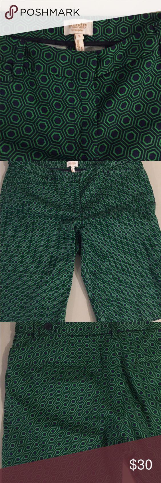 Laundry shorts Never worn Laundry by Shelli Segal Shorts Bermudas