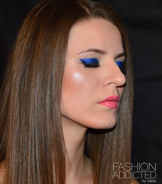 Delineador de gatinho colorido! ;) Bourjois Contour Clubbing Waterproof Eyeliner Pencil Bleu Neon