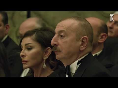 Sari Gelin Sen Gelmez Oldun Balaban Alafsar Rahimov Roma Konserti Youtube Sarisin Gelin Muzikaller Konserler
