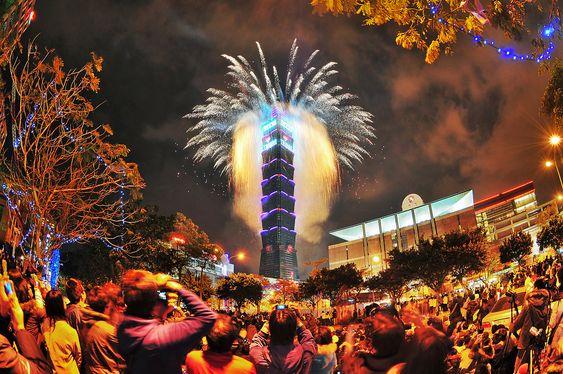 Đón năm mới bên tháp Taipei 101
