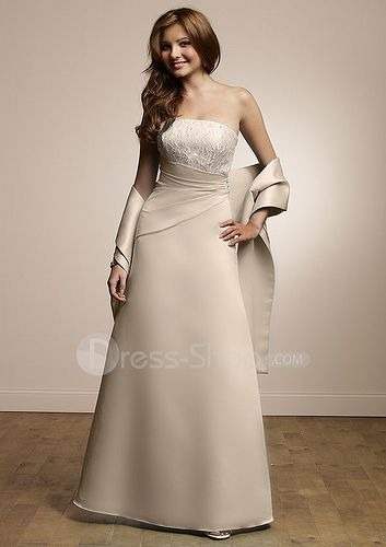 Floor-Length-Strapless-Ivory-Satin-Cheap-2010-Bridesmaid-Dress-with-Lace-Bodice