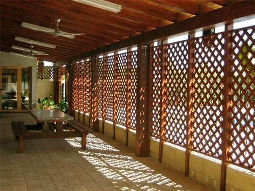 Celosias De Madera Grupo Juan Gomez Quito 0987715050 Enrejado De Madera Techo De Patio Decoracion De Patio