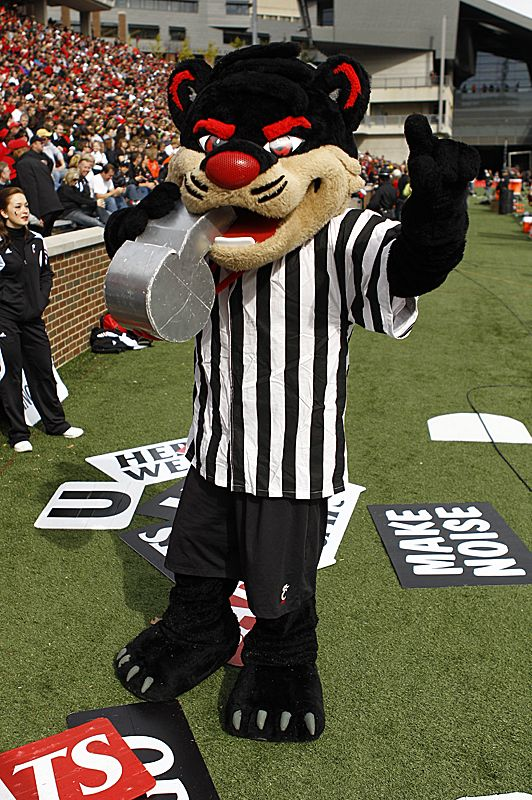 University of Cincinnati Bearcats mascot