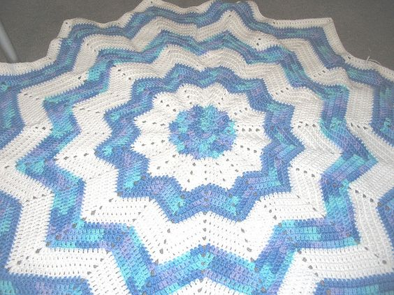 Free Crochet Patterns For Round Baby Blankets : Free Crochet Round Ripple Pattern. Free Crochet Baby ...