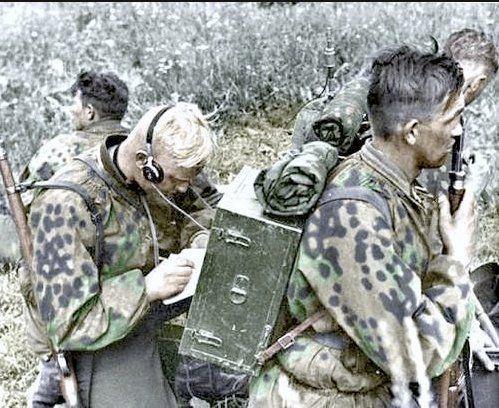 SS-Funkere (radio-men)