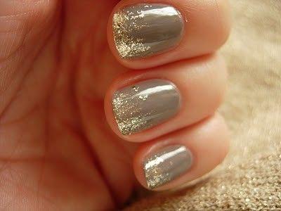 Silver glitter = PRETTY!!!