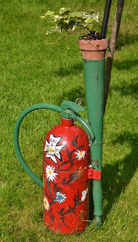 Lancaster Garden Walk: Reuse A Vintage Fire Extinguisher As Garden Art And As A