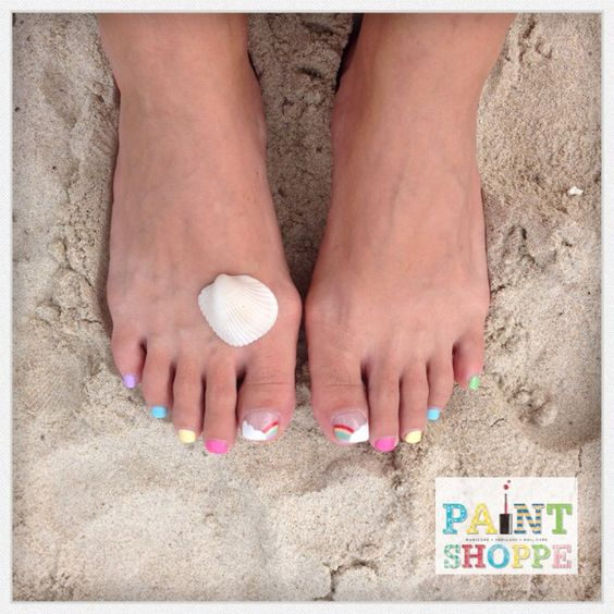 Rainbow toes #paintshoppenails #eastcoastroad #singapore #nails #nailart #manicure #pedicure #holiday #rainbow