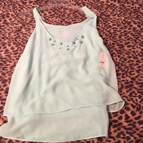 Cute top Brand new with tags never worn New York & Company Tops Blouses