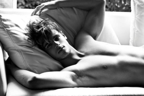 Matthew Gray Gubler - From criminal minds. Niccccce :)