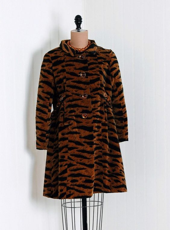 Evening Coat, Valentino for Lawrence of London: 1960's, tiger novelty print silk cotton velvet lined with silk shantung, chainlink back belt.: Coats Gloves, 60S Fashions, 1960 S Fashion, Capes Coats, 1960S, Coats Jackets, 1960 S Tiger, Belt