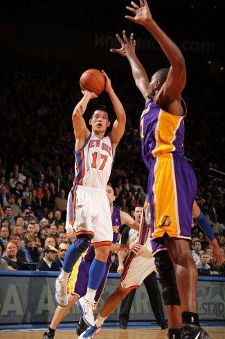 New York Knicks v Los Angeles Lakers, New York, NY, Feb 10: Jeremy Lin Photographic Print