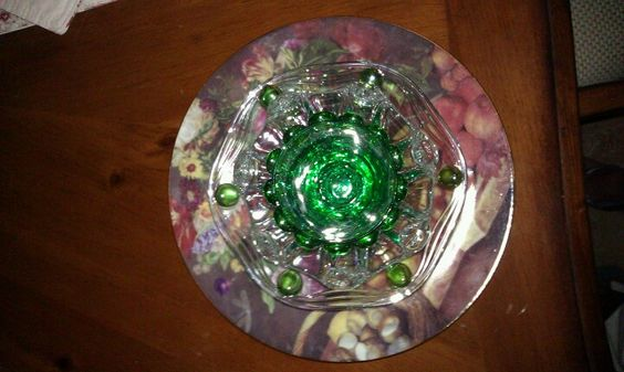 New glass garden flower.. gotta put brackets on it when it's dry and see it sparkle in the sun...