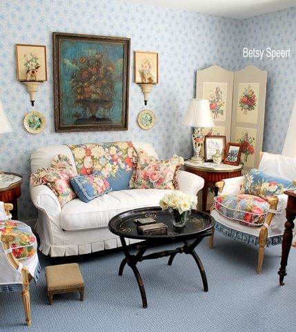 Cottage sitting room in blues and florals.