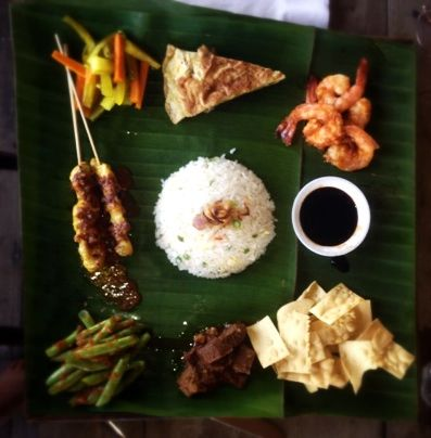 traditional malay dish on banana leaf ... yummy
