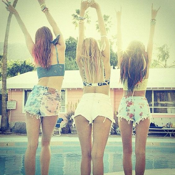 "The phrase ""Pura Vida"" means pure life in Spanish. Enjoying life slowly, celebrating good fortune, and not taking anything for granted embodies the Pura Vida Lifestyle. #summer #pool #girls #style #hippie #hipster #fashion #puravida: Short Shorts, Best Friends, Shorts Shorts, Bestfriends, High Waisted Shorts, Bff, Summer Lovin, Summer Shorts, Summer Time"