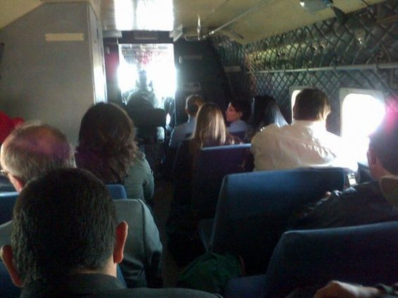Primer vuelo del Servicio de Transporte Aéreo Militar (Setam) - Fotos - ABC Color